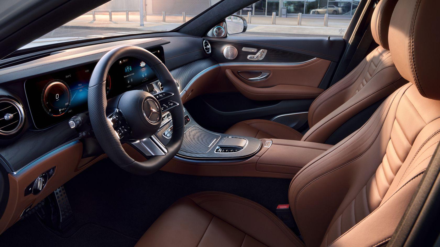 Mercedes-Benz E-osztály limuzin: ENERGIZING csomagok és Ambiente megvilágítás